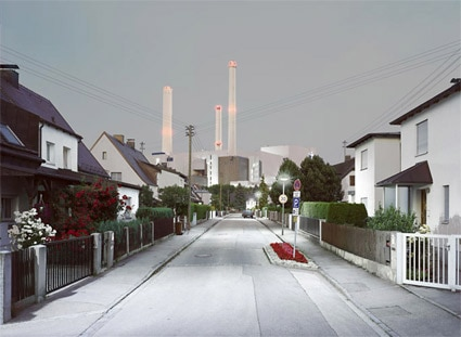 'Zone 30', 2004, 125 cm x 160 cm, C-Print, Diasec on Glass, framed.<br />