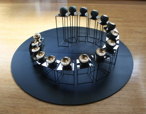 'Bronze Tsukimi: No.1', 2017, bronze, steel, mirror stainless steel, 170 x 170 x 85 cm