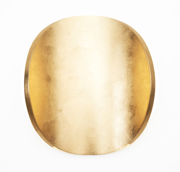 'Lunar Warp: Sun No 6', 2015, Dutch gold leaf, bending ply, mirror stainless steel, 46 cm diameter x 13 cm deep<br />