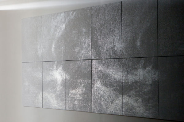 '17 seconds (1)', 2016, foil and acrylic on canvas,199 x 480 cm, edition of 3 + 1a.p. Photo: Jamie North